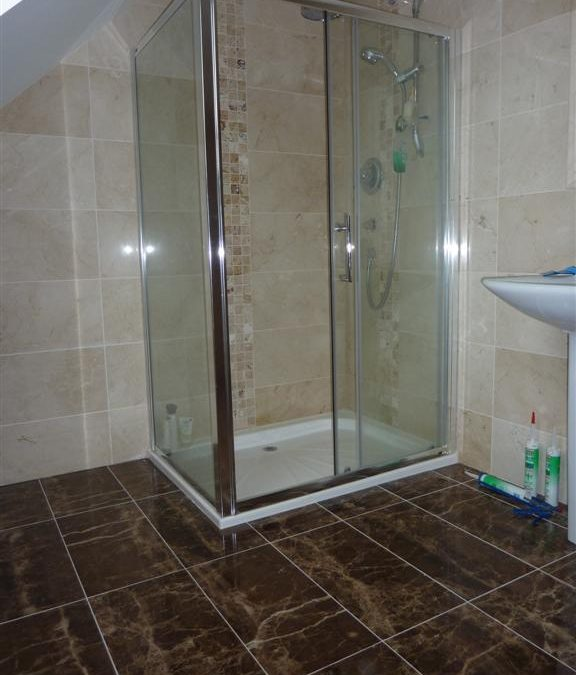 Crema Marfil Shower Tiling