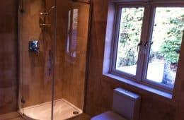 Travertine Shower Tiler
