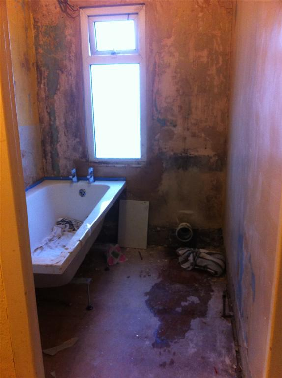 Bathroom picture before tiling2