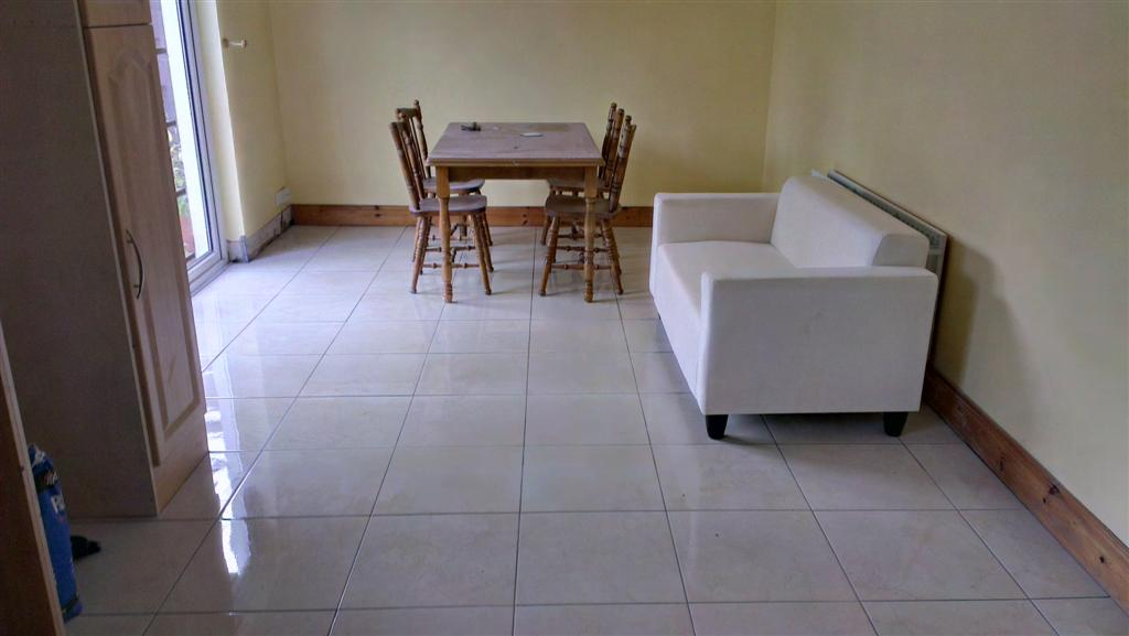 Kitchen Floor with new tiles 2