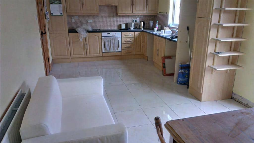 Kitchen Floor with new tiles