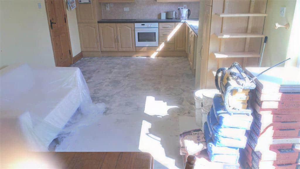 Kitchen Floor with no tiles