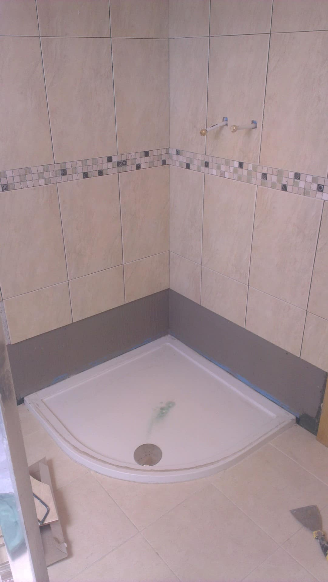 Leaking Shower and Leaking Wetroom ? See how to fix it.
