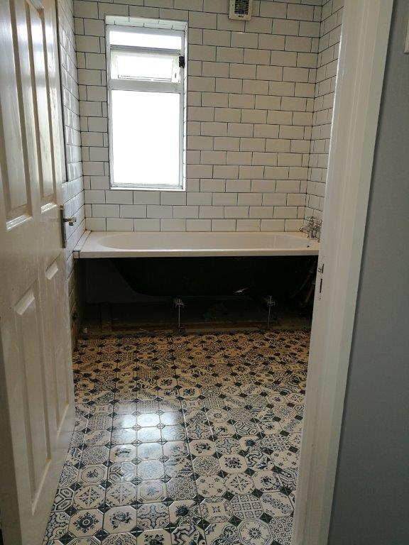 Pattern bathroom tiles in Clondalkin 2