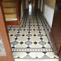 Pattern tiles in Durrow 1